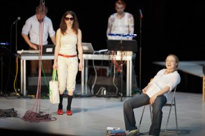 web-aktionstheater-ensemble-zukunftsmaschine-ate_MG_9050-1280x852